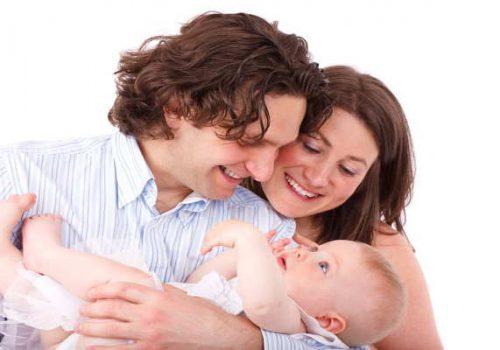 Exención de la prestación por maternidad y su devolución
